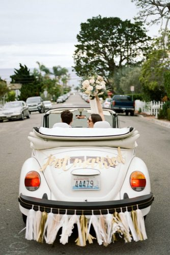 wedding car decorations white cabriolet decorated with garlands and letters just married kat braman via instagram