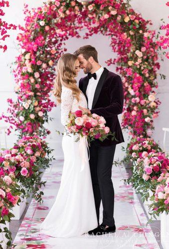 wedding entourage photo ideas couple in red flower rachelaclingen