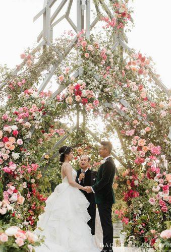 wedding entourage photo ideas flower ceremony rachelaclingen
