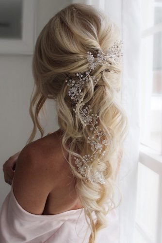 wedding hairstyles for curly hair long blonde mermaid braid shaunaelizabethhair