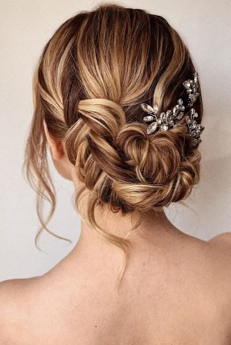 wedding hairstyles for thin hair low updo with braids and loose curls bridal_hairstylist
