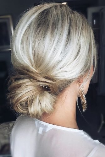 wedding hairstyles for thin hair slightly messy low bun on blonde hair ashandcobridalhair