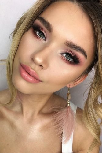 wedding makeup bright blush makeup with shimmer and pink matte lips clavier_official
