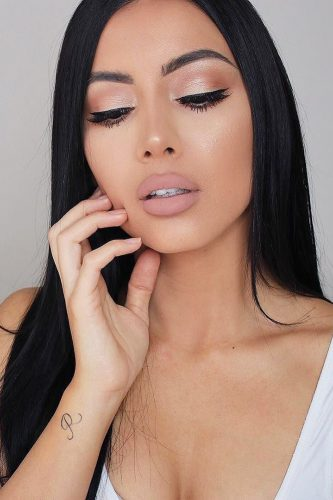 wedding makeup for brunettes bronze makeup with matte lips gemmaisabellamakeup
