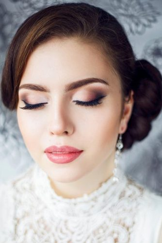 wedding makeup for brunettes glamorouus makeup smokey eyes bridesroom