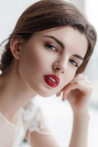 wedding makeup red lips makeup simple gentle silver eyeshadows cherrymuah
