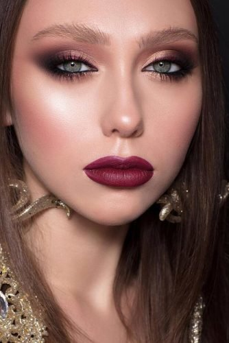 wedding makeup wine lips black and burgundy eyeliner gold shadows muaclub