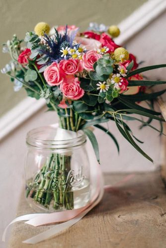wildflower wedding bouquets smal pink roses daisies and greenery mandjphotos