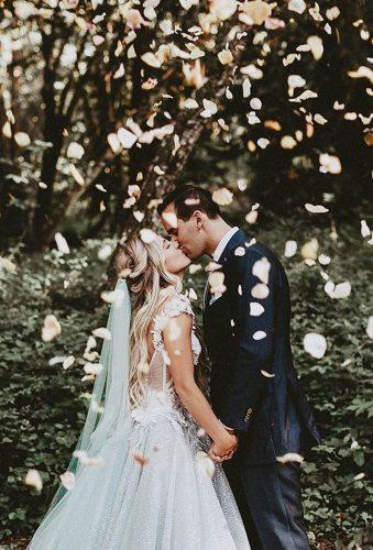 creative wedding kiss photos creative kiss tyfrenchphoto