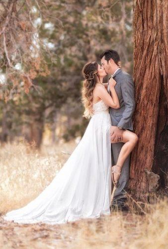 creative wedding kiss photos kiss in wood michaelanthonyphotography