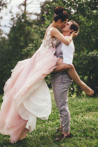 creative wedding kiss photos kiss in woos bride in groom arms weddingdressesofficial