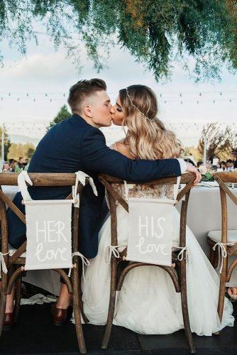 creative wedding kiss photos kiss on the table outdoor karinaglinyuk