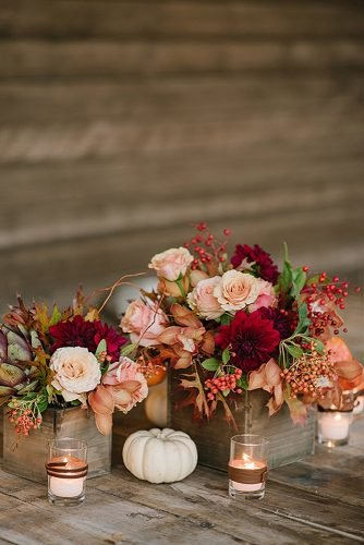 fall wedding decorations berries decor ideas