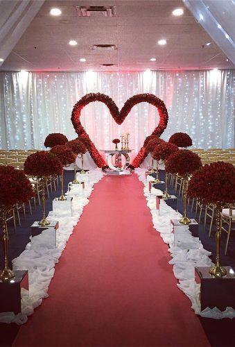 heart wedding photos hert arch ebenezerdecorations