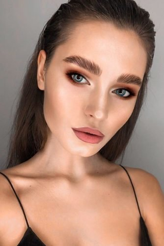 makeup ideas for blue eyes simple nude brown eyeshadows matte lips makeup_religion_msk