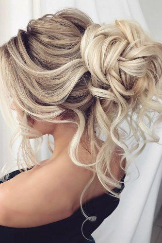 summer wedding hairstyles high bun with loose curls on long blonde hair dianovaelstile