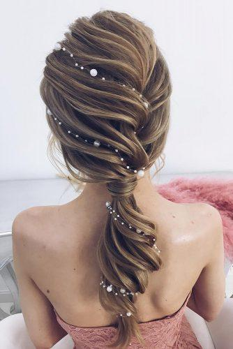 summer wedding hairstyles textured ponytail with pearls elstilespb via instagram