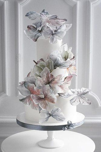 unique wedding cakes white tall airy with butterfly elena_gnut_cake