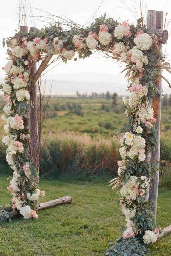 wedding-arch-decoration-with-flowers-carrie-patterson-photography