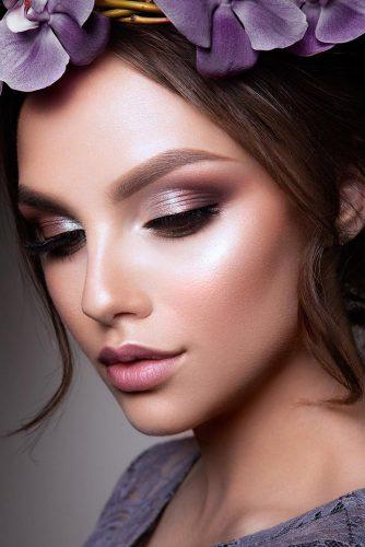 wedding makeup for brunettes lilas shimmer eyeshadows with black eyeliner and nude lips elena_sanko_make_up