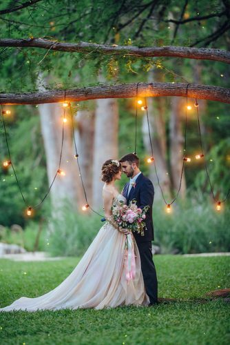 wedding photos wedding photo with lamp christinacarrollphotography