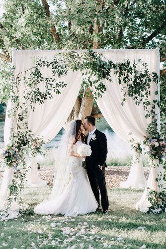 wedding photos white arch in garden lidia codrean