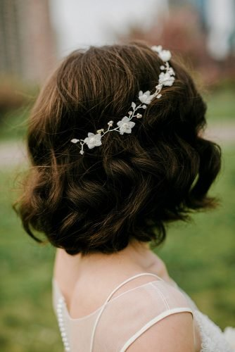 wedding updos for short hair short bridal hair with a fancy headband lev kuperman photography