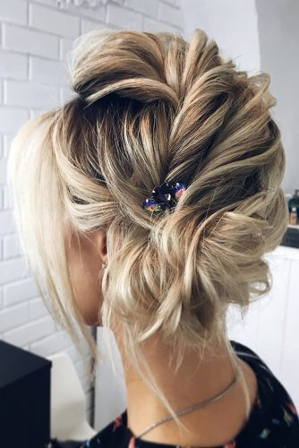 wedding updos for short hair textured side updo messy with hairpin lena bogucharskaya via instagram