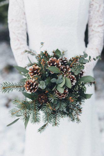 winter wedding bouquets with greenery pine cones and branches meltem salb