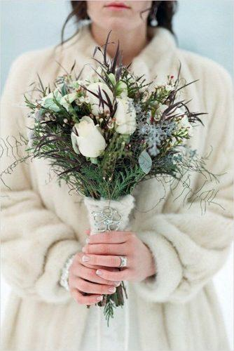 winter wedding bouquets with white roses and greenery jenna hill whitewood studios