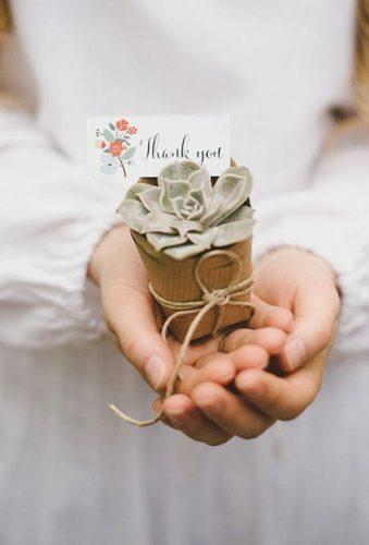 cheap wedding favors flower in hands Wedding City Photography
