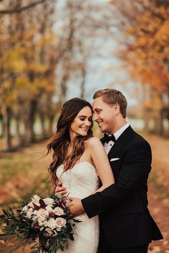 fall wedding photo romantic couple stessatadlock