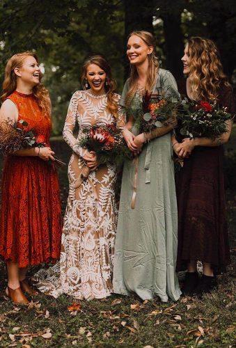fall wedding photos bride with bridesmaids codyandallisonphoto