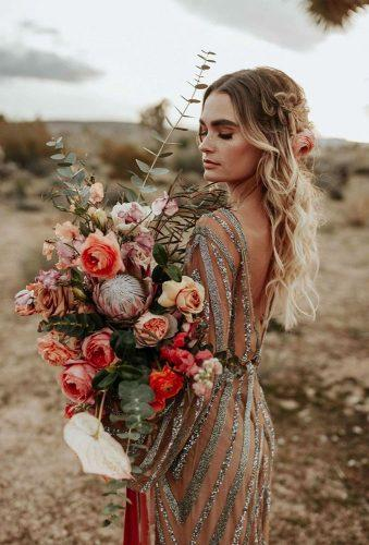 fall wedding photos fall rustic bride karraleighphoto