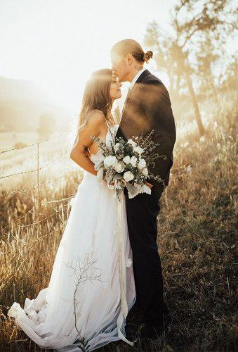 fall wedding photos romantic couple at sunset aubreebellephotography