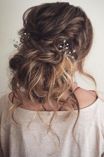 rustic wedding hairstyles messy updo with loose curls and crystals alishajaredhairartistry