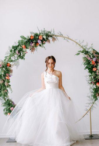 wedding wreaths flower bride insude flower sophisticatedfloral