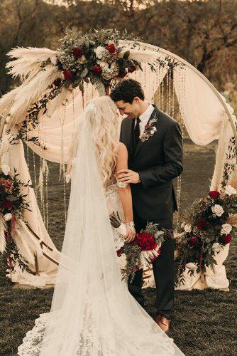 wedding ideas boho pampas grass vintage garland round bridal altar thelightandthelove