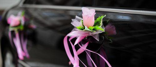 wedding car decor ideas featured image