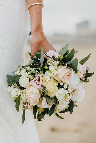 beach wedding bouquet flowers peach colors