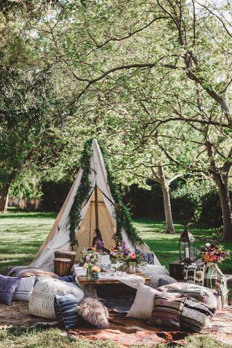 bohemian wedding theme boho chic bridal picnic under teepee jennifer skog