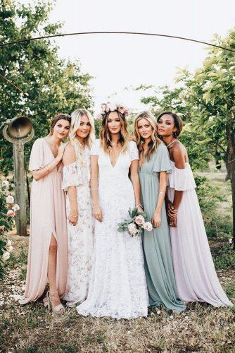 bohemian wedding theme boho chic bride with bridesmaids dorelis padron