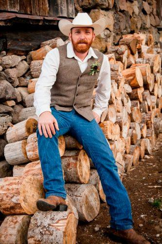 country barn style tweed waistcoat jeans with cowboy hat rustic groom attire studio 623