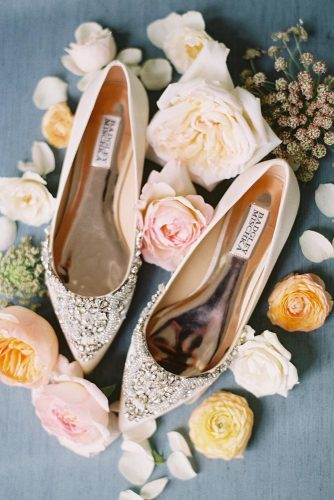 gorgeous bridal shoes flat with sparkle stones badgley mischka