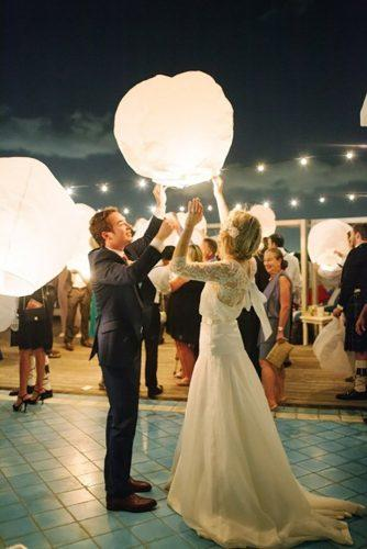 sky lanterns bride and groom big sky lanterns ktmerry