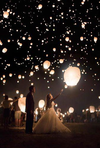 sky lanterns romantic sky lantern bride and groom darkroomphotography