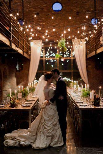 wedding-loft-decor-brown-indoor-decor-with-table-mademoiselle-fiona