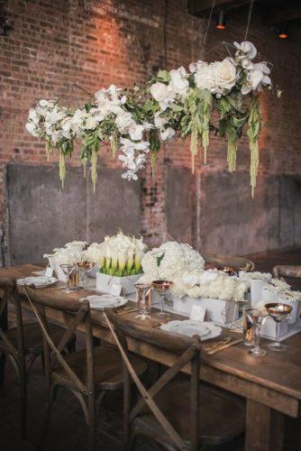 wedding-loft-decor-white-decor-of-wedding-table-photography-bai-elle
