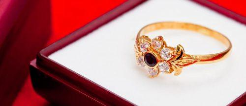 cubic zirconia engagement rings featured image