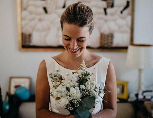 how to plan a wedding bride morning bouquet